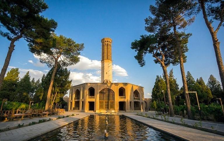 باغ دولت آباد از جاذبه های شهر یزد